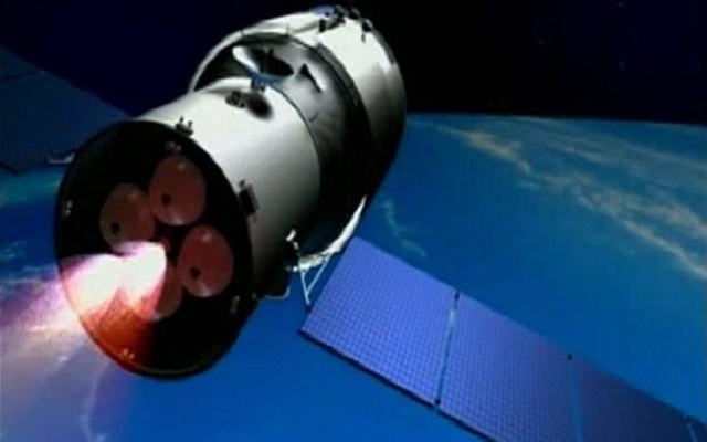 2tiangong1outofcontrolchinesespacestationabout